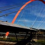 il ponte per raggiungere il Lingotto, la fiera del libro di Torino