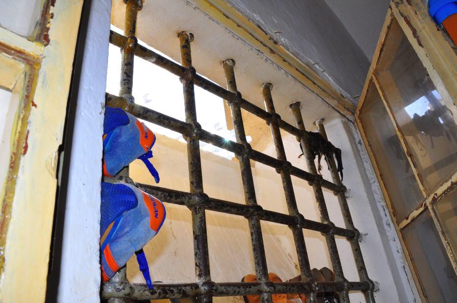 A San Sebastiano resta un vuoto pieno di voci. (La Nuova Sardegna, 7.7.2013)